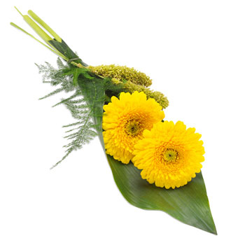 Hand bouquet in yellow